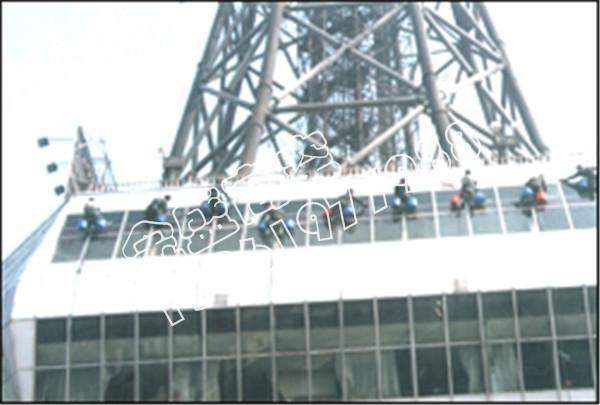 电视塔大楼清洗